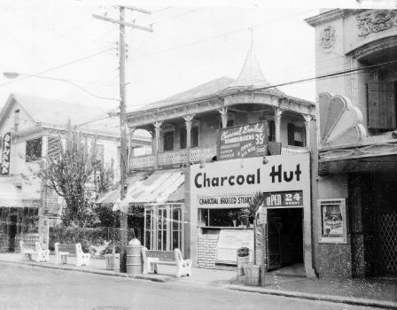 Charcoalhut 525 Duval (1958); Submitted by Mickey